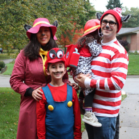 Jason Hart and his family dress for Halloween